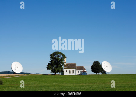 Radar facility, Raisting radar dome with St. Johann's Chapel, Pfaffenwinkel, Upper Bavaria, Germany, Europe - Stock Photo