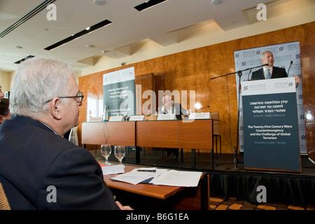 Renown Strategist Prof. Edward Luttwak (far left) listens to former Israeli PM Binyamin Netanyahu's lecture on Global - Stock Photo
