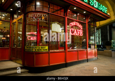 The Central Cafe in Pershing Square - Stock Photo