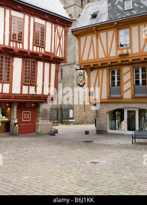 france brittany morbihan vannes place saint pierre medieval stock photo 163407424 alamy. Black Bedroom Furniture Sets. Home Design Ideas