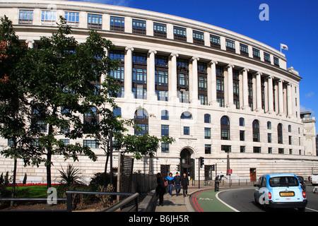 Unilever Office building Embankment City of London England - Stock Photo