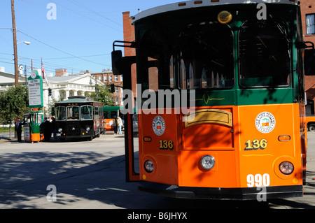 Savannah Red Bus Tours
