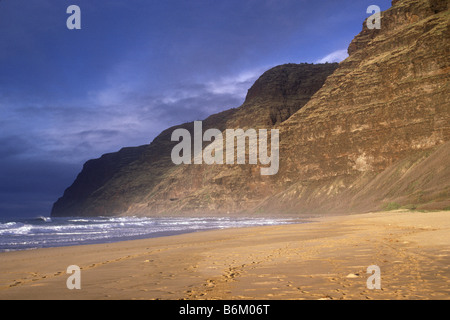 Polihale State Beach Park, Barking Sands Beach, Kauai, Hawaii USA - Stock Photo