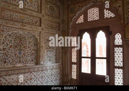 Carving on a wall, Chandra Mahal, Junagarh Fort, Bikaner, Rajasthan, India - Stock Photo