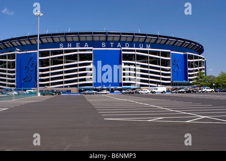 Shea Stadium, home of the major league baseball New York Mets, Flushing Meadow, Queens, New York City - Stock Photo