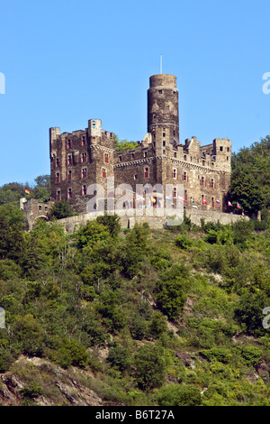 Mouse Castle (Burg Maus) overlooking village of Wellmich on middle Rhine River