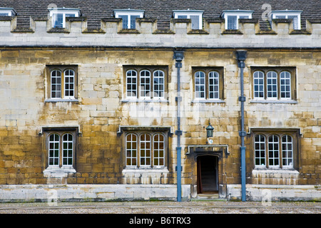 Buildings inside Trinity College at Cambridge University - Stock Photo