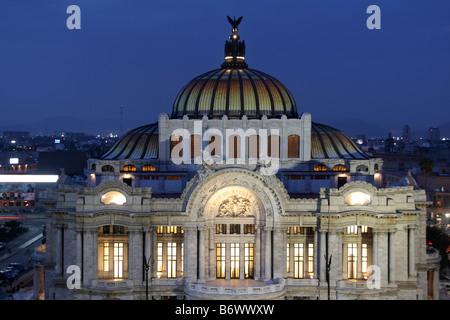 Mexico, Mexico City. Palacio de Bellas Artes ('Palace of Fine Arts') is the premier opera house of Mexico City - Stock Photo