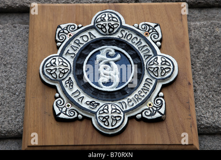Garda Siochana plaque Irish police force Dublin Castle Dublin Ireland - Stock Photo