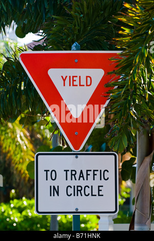 Palm Beach Shores , quirky bizarre amusing signs , Yield to traffic in Circle on triangle & rectangle displays