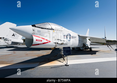F-8K Crusader fighter aircraft on deck of USS Yorktown aircraft carrier, Patriots Point Naval Museum, Charleston, - Stock Photo