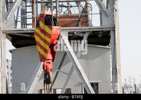 Kranhaken des Schwimmkrans HHLA I Hamburg Deutschland Crane hook of the floating crane HHLA I Hamburg Germany - Stock Photo
