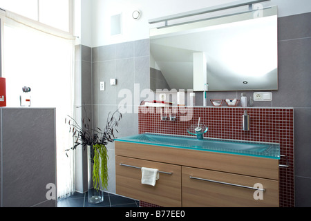 Modernes Badezimmer, modern bath room - Stock Photo