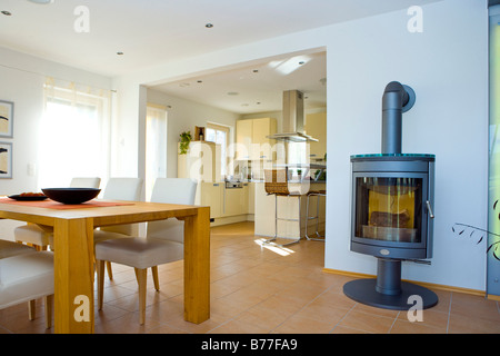 Modernes Esszimmer, Modern Dining Room   Stock Photo
