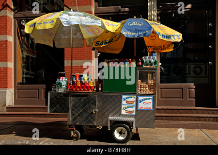 Hot dog stall in Downtown, New York City, USA - Stock Photo