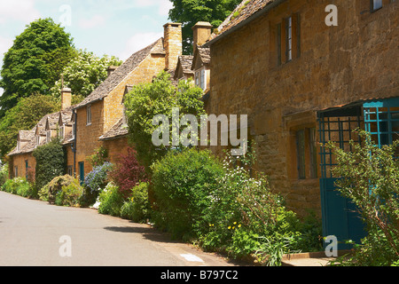 Row of cotswold stone cottages, Snowshill, Gloucestershire, England UK - Stock Photo
