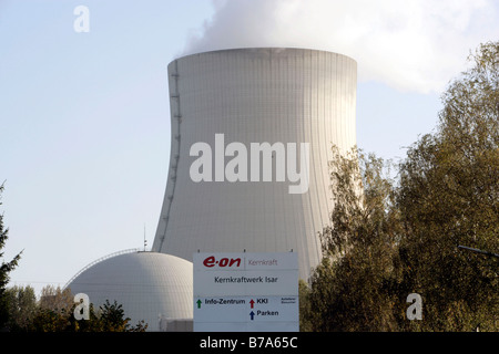 EON nuclear power station Isar II, reactor building and cooling tower, Essenbach, Bavaria, Germany, Europe - Stock Photo