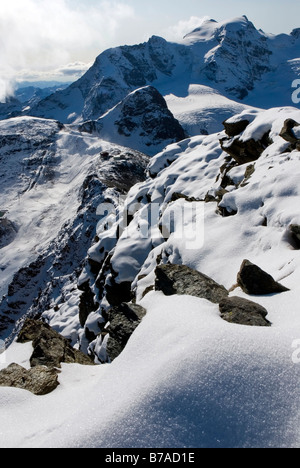 View from Mt Munt Pers, 3207 m, view of the Diavolezza summit station on Mt Piz Palue, 3900 m, Buendner Alps, Canton - Stock Photo