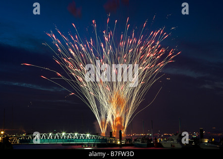 Cowes week fireworks 2006 - Stock Photo