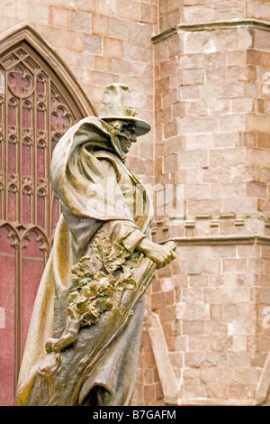 Profile view of the statue of Roger Conant in front of the Salem Witch Museum in the city of historic Salem, Massachusetts. - Stock Photo