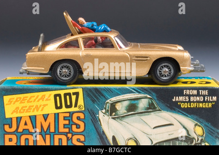 James Bond Aston Martin DB5. Corgi Diecast model  no.261. Issued 1965 with original packaging - Stock Photo