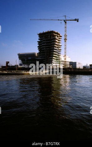 Jan 25, 2009 - Construction of Marco Polo Tower at Strandkai in Hamburg's Hafencity - Stock Photo