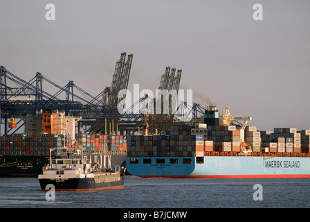 Container ships, Port of Felixstowe, Suffolk, UK. - Stock Photo