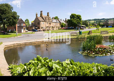 The duck pond in the Cotswold village of Willersey, Gloucestershire UK - A panoramic version of the image may be - Stock Photo