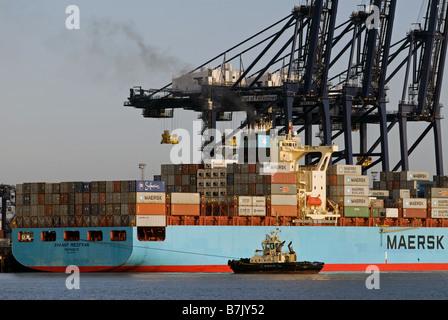 Maersk Sealand 'Michigan' container ship, Port of Felixstowe, Suffolk, UK. - Stock Photo