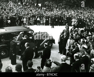 QUEEN ELIZABETH II on the State Visit to France in 1953 - Stock Photo