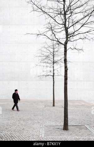 Pedestrian in front of Bundeskanzleramt, Berlin - Stock Photo