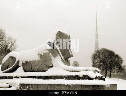 Sphinx in the snow in Crystal Palace park - Stock Photo