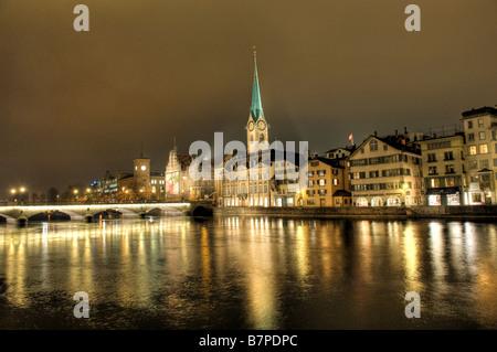 Zuerich (Switzerland) at night - Stock Photo