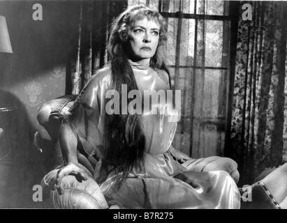 Hush...Hush, Sweet Charlotte Year: 1964 USA Bette Davis  Director: Robert Aldrich - Stock Photo