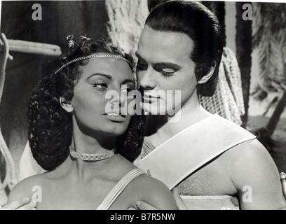 Aida  Year: 1953 - Italy Sophia Loren, Luciano Della Marra  Directed by Clemente Fracassi - Stock Photo