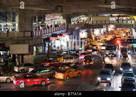 Heavy traffic congestion Pathumwan district in central Bangkok Thailand - Stock Photo