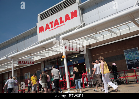 Matalan store, Robin Retail Park, Wigan - Stock Photo