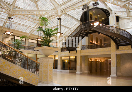 ILLINOIS Chicago Lobby interior of Rookery building designed by Frank Lloyd Wright stairway - Stock Photo