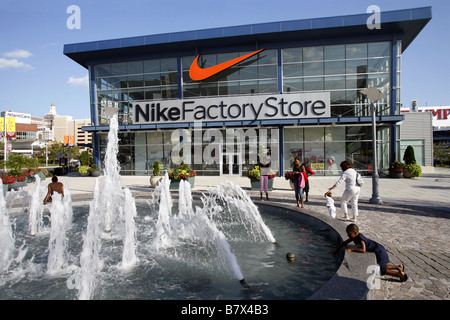 Find 23 listings related to Nike Store in Deer Park on buncbimaca.cf See reviews, photos, directions, phone numbers and more for Nike Store locations in Deer Park, IL.