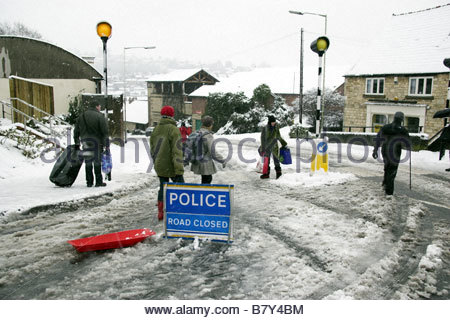 Snow disruption in Stroud - 'Police Road Closed' sign. UK - Stock Photo