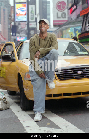 new york taxi taxi usa 2004 tim story belle queen latifah und stock photo royalty free image. Black Bedroom Furniture Sets. Home Design Ideas