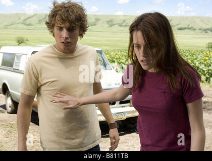 The Messengers  Year: 2007 USA Dustin Milligan, Kristen Stewart,  Director: Oxide Pang, Danny Pang - Stock Photo