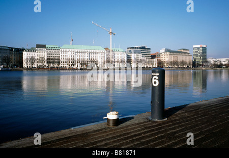 Feb 6, 2009 - View of Four Seasons Hotel from Jungfernstieg steamboat pier at Binnenalster (Inner Alster) in Hamburg. - Stock Photo