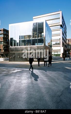 Feb 6, 2009 - Elbphilharmonie Pavilion and Bankhaus Wölbern at Sandtorhafen's Magellan-Terrassen in Hamburg's Hafencity. - Stock Photo