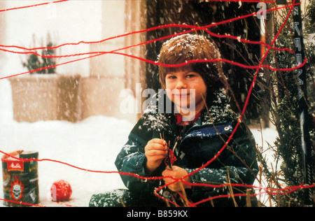 Home Alone 3 Year: 1997 USA Director : Raja Gosnell Alex D. Linz - Stock Photo