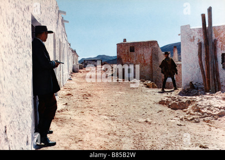 Per qualche dollaro in più  For a Few Dollars More Year : 1965 - Italy / Spain / West Germany  Director : Sergio - Stock Photo