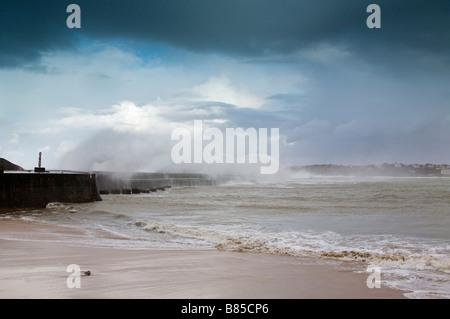 24 january 2009 KLaus storm breaking waves on Socoa dyke Pays Basque France - Stock Photo