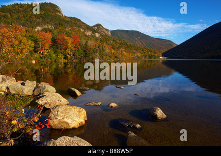 Echo Lake in Franconia Notch State Park, New England - Stock Photo