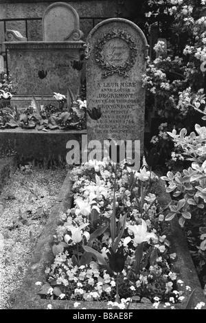 The final resting place of Alexandre Louise Emilie et famille, Père Lachaise Cemetery, Paris, France - Stock Photo