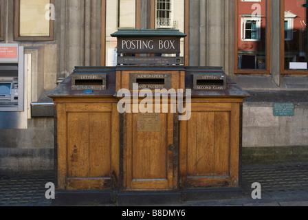 Posting box in oxford - Stock Photo